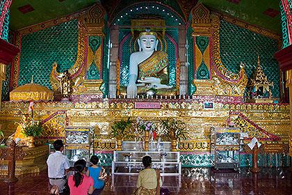 pagoda belső